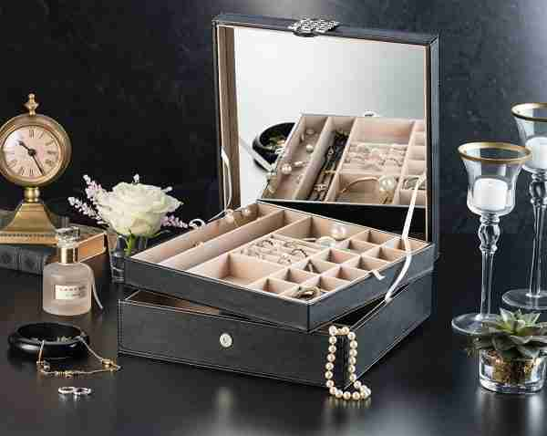 Glenor Co 28 Section Jewelry Box - 2 Layer - Buckle Snap & Magnet Closure